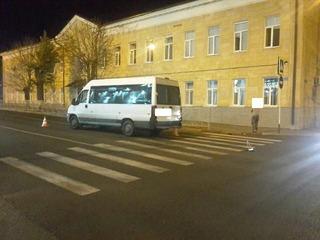 В Ставрополе водитель маршрутки переехал ногу подростка