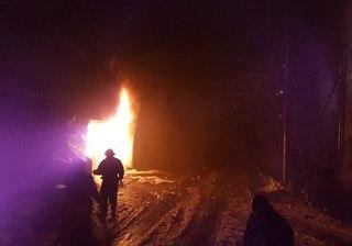 В Кисловодске возле жилого дома взорвался автомобиль