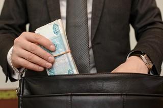 Чиновники из администрации Кисловодска попались на взятке в полмиллиона рублей