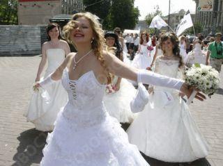 Невесты прошли парадом по Пятигорску