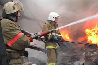На складе в Пятигорске произошел крупный пожар