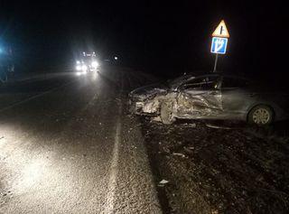 В ДТП с двумя иномарками на трассе Ставрополья пострадали 2 человека