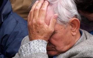 На Ставрополье аферист продал пенсионеру набор посуды за 50 тысяч рублей
