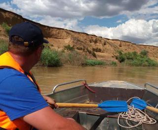 Ставропольские спасатели ищут двух женщин, пропавших у водоемов