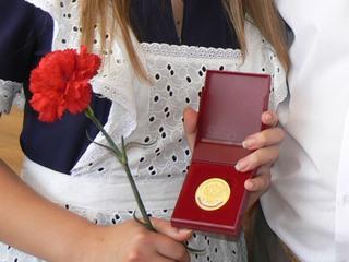 На Ставрополье более 1,5 тысяч выпускников получат золотые и серебряные медали