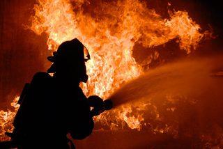 В Ставрополе трое пожарных пострадали от взрыва газового баллона