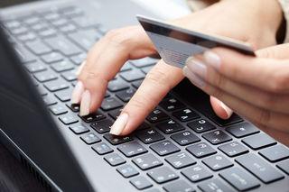 Интернет-мошенник похитил с банковской карты жительницы Минвод 30 тысяч рублей
