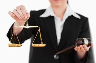 Адвокат из Пятигорска обвиняется в мошенничестве на 3 млн рублей