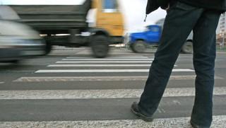 В Пятигорске неизвестный сбил пешехода на переходе и скрылся
