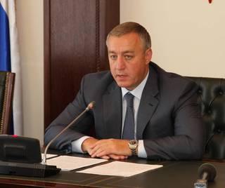 Лев Травнев подал в отставку