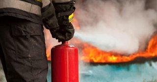 В пятиэтажке Кисловодска произошел крупный пожар
