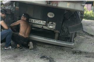 Жители Минвод жалуются на ямы из-за незаконченного дорожного ремонта