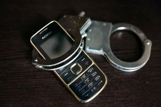 Зек со Ставрополья, отбывая срок, обманул людей по телефону более чем на миллион
