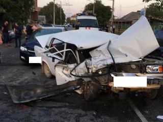 В Ставрополе в ДТП с тремя автомобилями погибла женщина