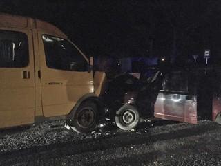 На Ставрополье пассажиры микроавтобуса пострадали при столкновении с легковушкой