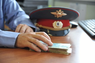Ставропольский полицейский требовал 100 тысяч рублей за прекращение уже закрытого дела