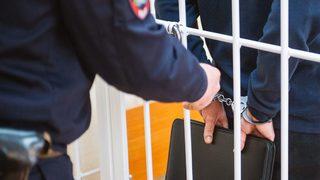 На Ставрополье двух военных и офицера МВД уличили в торговле оружием