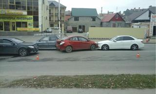 В Пятигорске при столкновении четырех автомобилей пострадал человек
