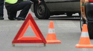 В Ставрополе подросток попал под машину, перебегая дорогу в неположенном месте