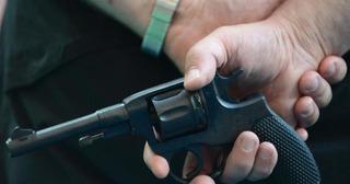Житель Ставрополья устроил в гараже схрон оружия и боеприпасов