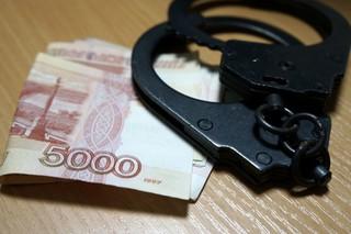 На Ставрополье полицейский за 800 тысяч рублей обещал свободу подозреваемому
