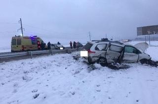 На Ставрополье при столкновении двух автомобилей Toyota пострадали 4 человека
