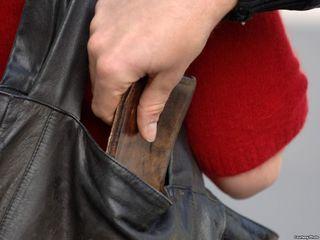 Задержанная за хулиганство жительница Ставрополья оказалась серийной воровкой