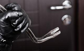 В Пятигорске задержали подозреваемого в серии краж из квартир и автомобилей