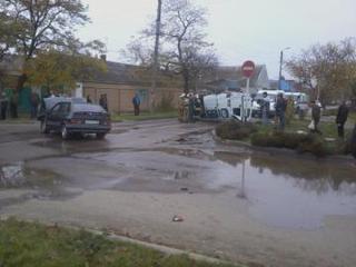 В Буденновске в результате ДТП перевернулась маршрутка